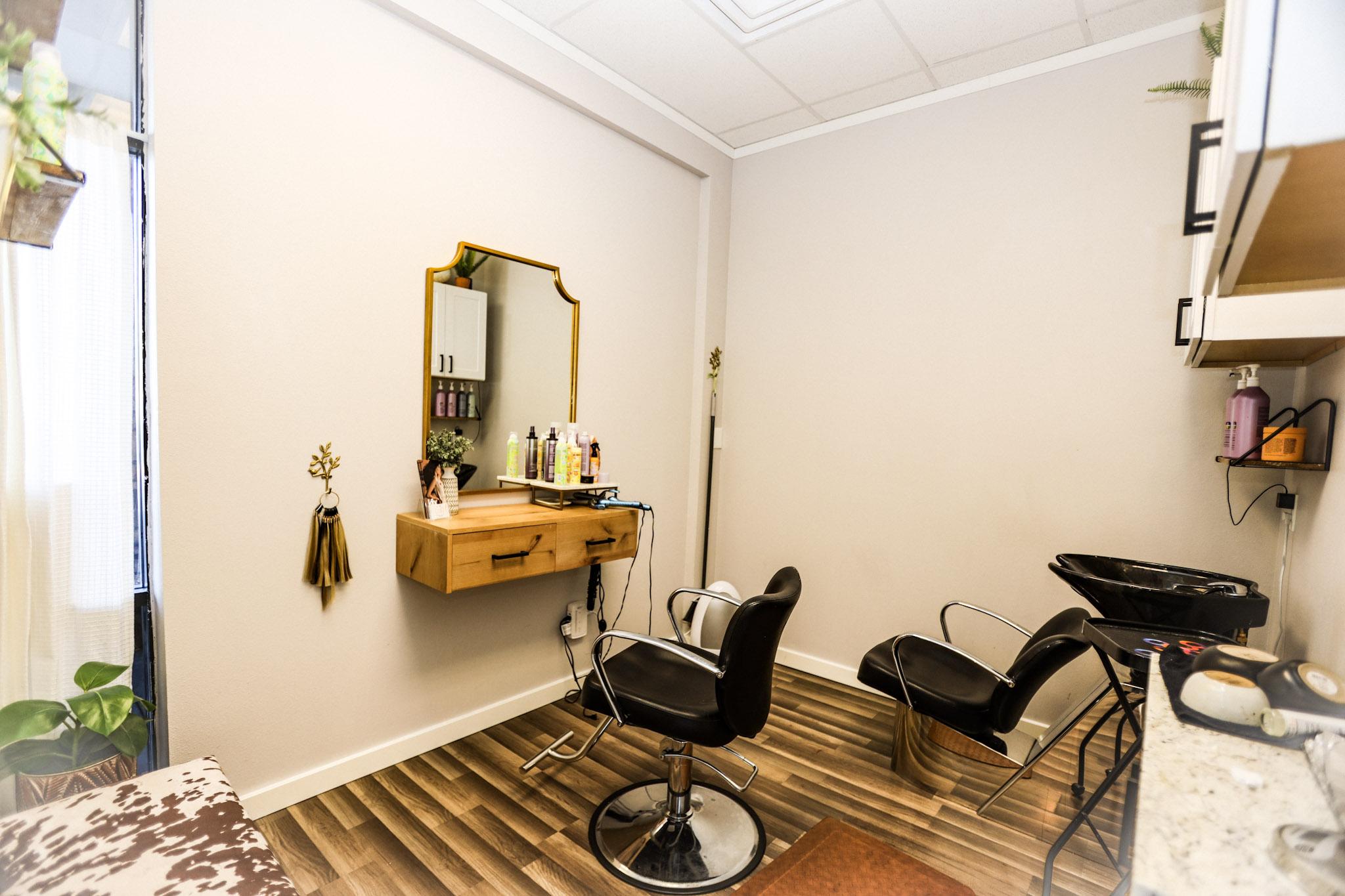 Salon Suites for rent Mesa